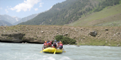 rafting in kashmir